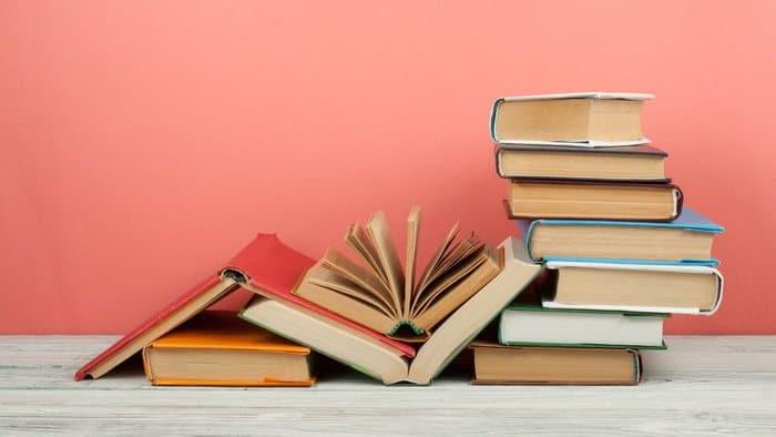 Perbedaan Buku Fiksi dan Non Fiksi